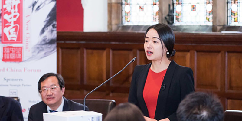Dr Li Sun speaks at the Oxford China Forum