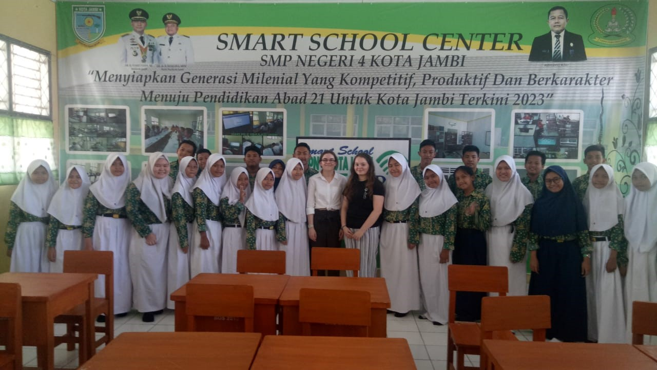 Undergraduate students teaching in Sumatra