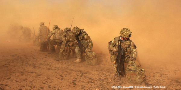 Royal marines in a dust cloud. Credit: Rhys O'Leary/MOD / Wikimedia Commons / Public Domain